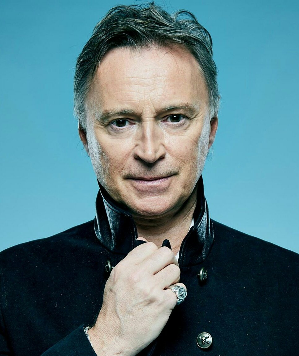 Robert Carlyle cover image