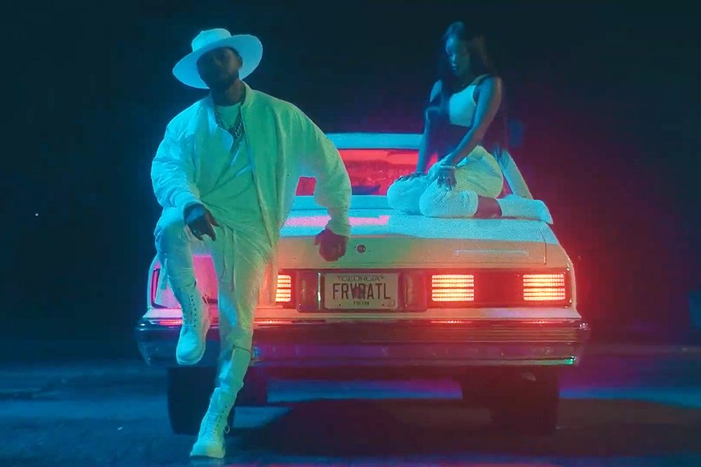 """.@IamSummerWalker has released the music video for """"Come Thru"""" featuring @Usher.   Watch:"""