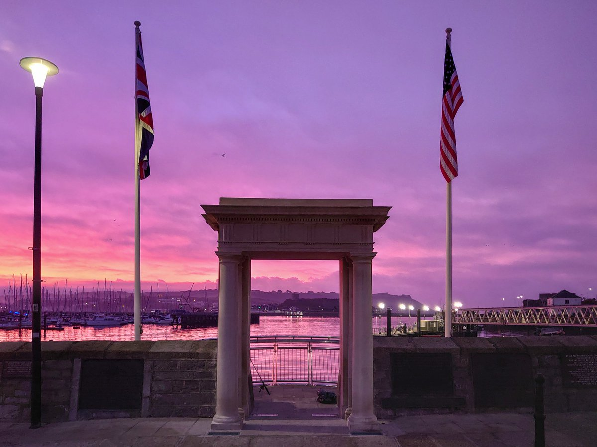 test Twitter Media - A stunning sunrise bathes the Mayflower Steps in warm hues as it heralds the start of a new day. #Plymouth prepares to celebrate the 400th anniversary of the Mayflower sailing to America, on 16th September 2020, a nice sunrise in 1620 would have been the perfect. #WeKnowPlymouth https://t.co/uLrvpz2PyI