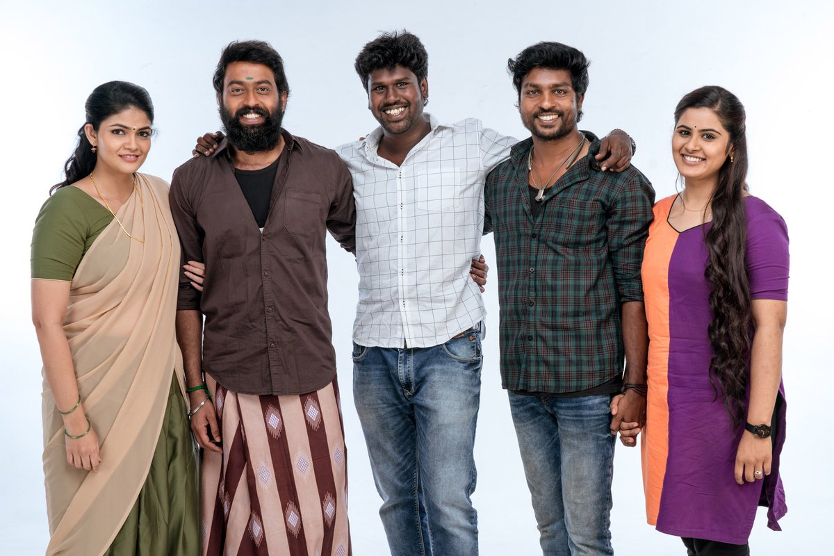 TRIPR ENTERTAINMENT- Production No 1! Shoot wrapped..  From ரெண்டாவது படம் பண்ணவே maatten போல to this! These are the people who stood up with me. Spl thanx to my producer whom you'll know  soon!   Can't wait to show yu all this wacky film!