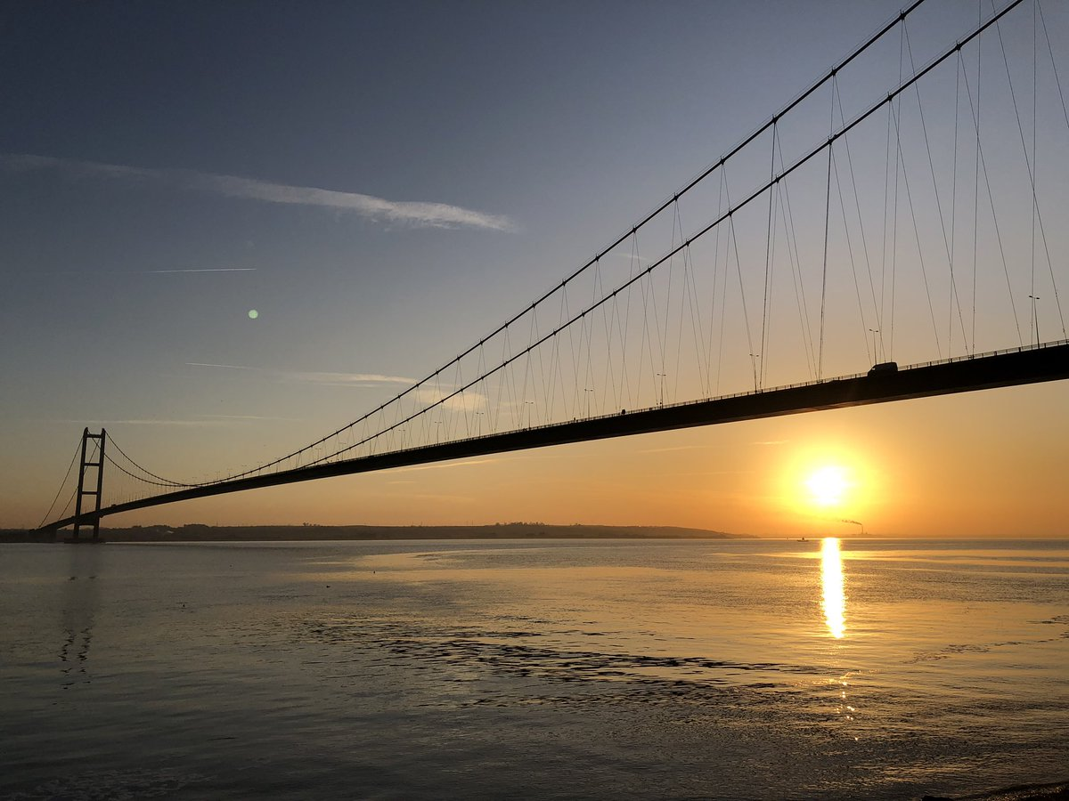 test Twitter Media - The Humber Bridge as the sun sets today, @JonMitchellITV #weather #sunsets https://t.co/WP0FTBXZgG