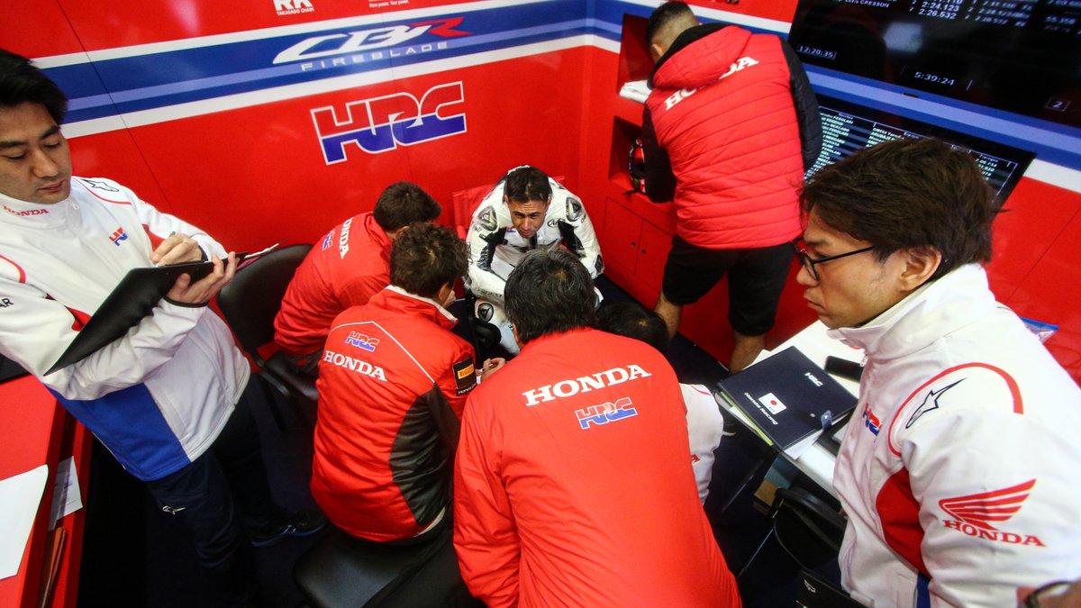 test Twitter Media - 🔝man on day 1️⃣: @realleonhaslam reviews first feelings aboard the Honda at Jerez!  📹INTERVIEW | #WorldSBK https://t.co/vzXuqcXjU4 https://t.co/dT7ZYHQgBN