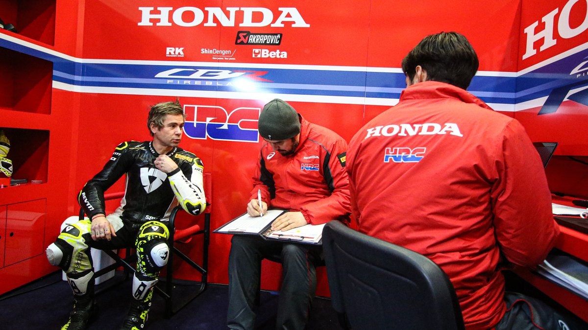 test Twitter Media - 👊🏻@19Bautista opens up: how was the Spaniard's first public test with Honda?  📹INTERVIEW | #WorldSBK https://t.co/4vb1TDwuDV https://t.co/1SM6pVdLjF
