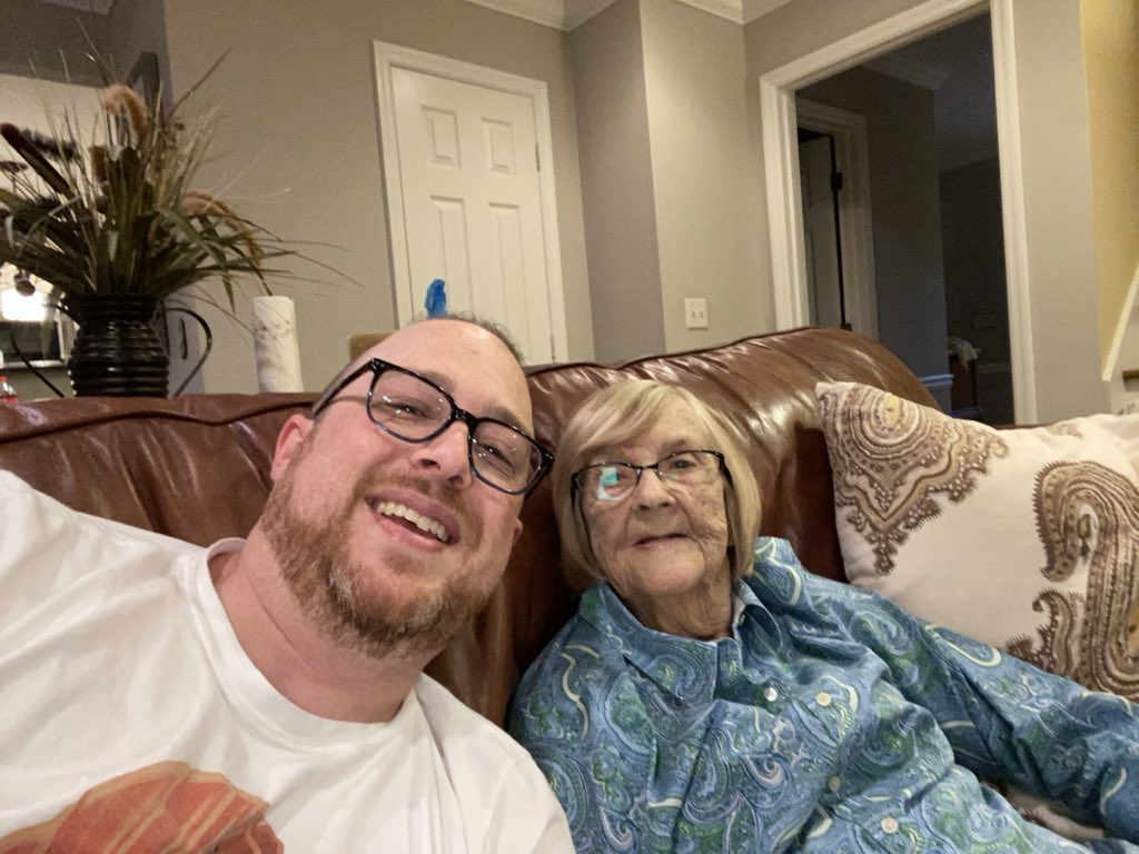 test Twitter Media - Around 3am last night, the worlds most bad ass grandma passed away. This is a woman who was almost 90 years old convinced me to jump out of a plane with her, and spent her retirement years practicing martial arts. I love you Grandma. https://t.co/Yv9f5gSrpK