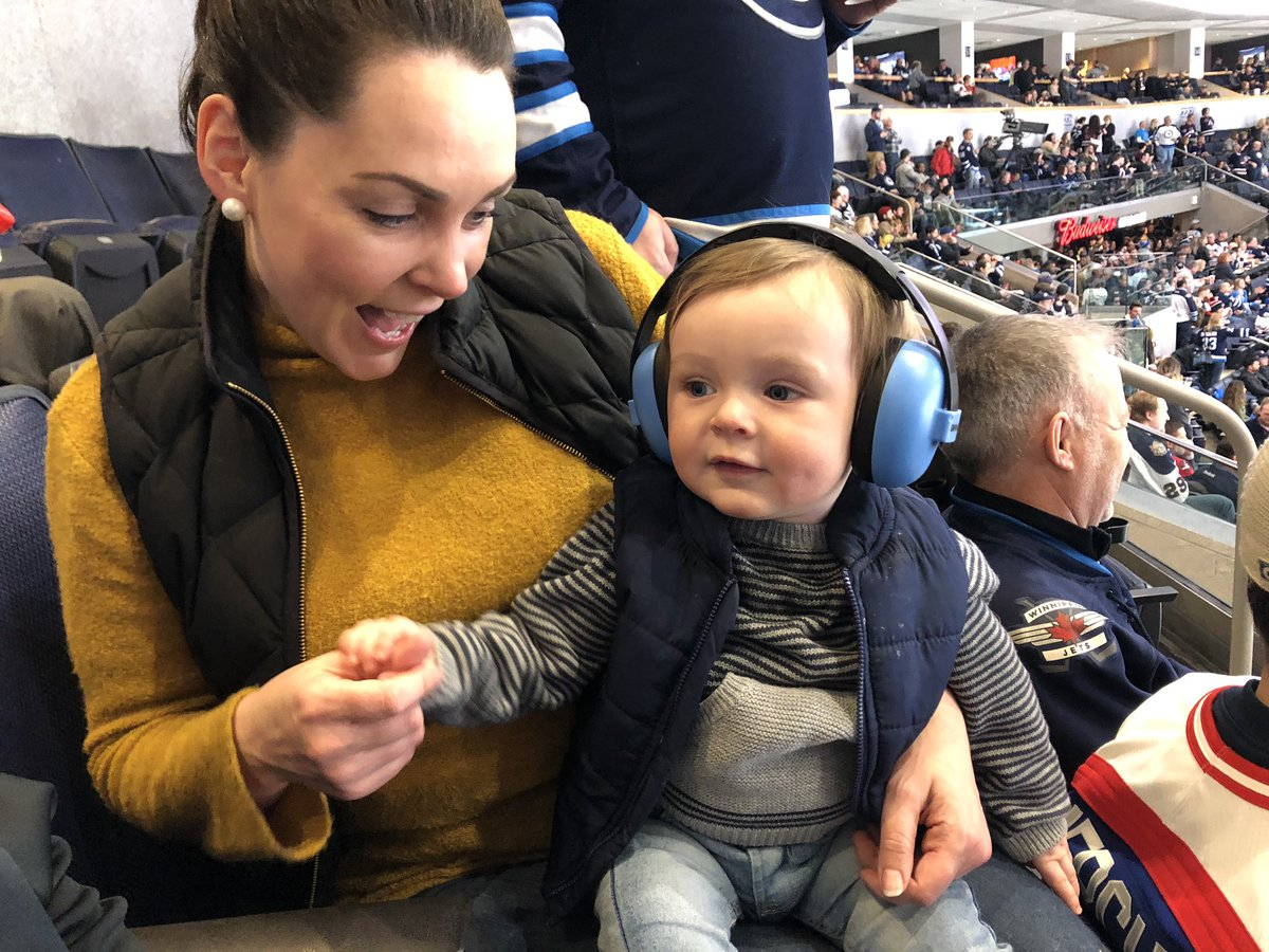 test Twitter Media - Went to the the Jets game and won a really cute baby!!!!!.....well, until this lady said it was hers! @_amymcg https://t.co/WCRaq8Zonj