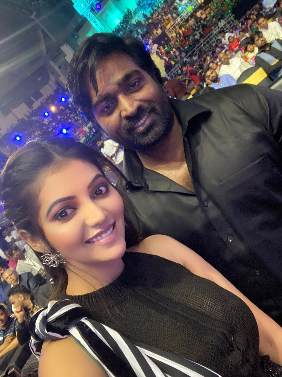 Wishing you many many happy birthday to our one and only makkalselvan @VijaySethuOffl 😍 The man who respect everyone and such a down to earth person 🙏#HBDVijaySethupathi