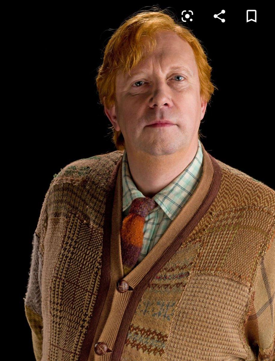 Desucon rivi: Pe Papa Weasley med fam💕 La aamu fem!shiron peruukki 💋 La ilta Angemon aka metsähallin uusi kohtaamispaikka. 😂 Iltabileet varmaa takas shiron peruukki jos meen👗 Su Ash banana fish🍌🐠  Ohjaamassa kisakuvat ja kuvauspisteel~