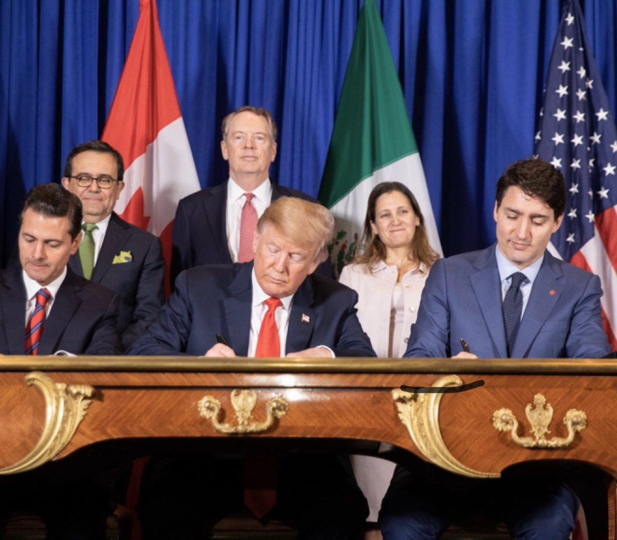 The Senate just passed @realDonaldTrump's historic #USMCA trade agreement, replacing the job killing NAFTA.  Next stop → the President's desk.  This is a MAJOR win for American workers, farmers and ranchers!  Once Again, Promises Made, Promises Kept! 🇺🇸