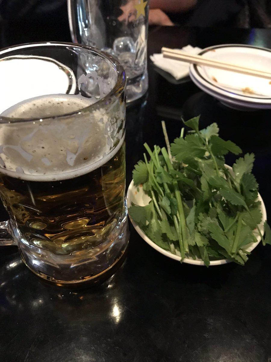 test ツイッターメディア - ゴスペラーズ黒沢さんカレー会in タイ料理屋。 めっちゃ美味かった〜。音楽のガチ話も面白かったし、勉強にもなる。 パクチー大好きすぎる。パクチーをつまみに。タイカレーなど!絶品。 https://t.co/7pDIKP7c5u