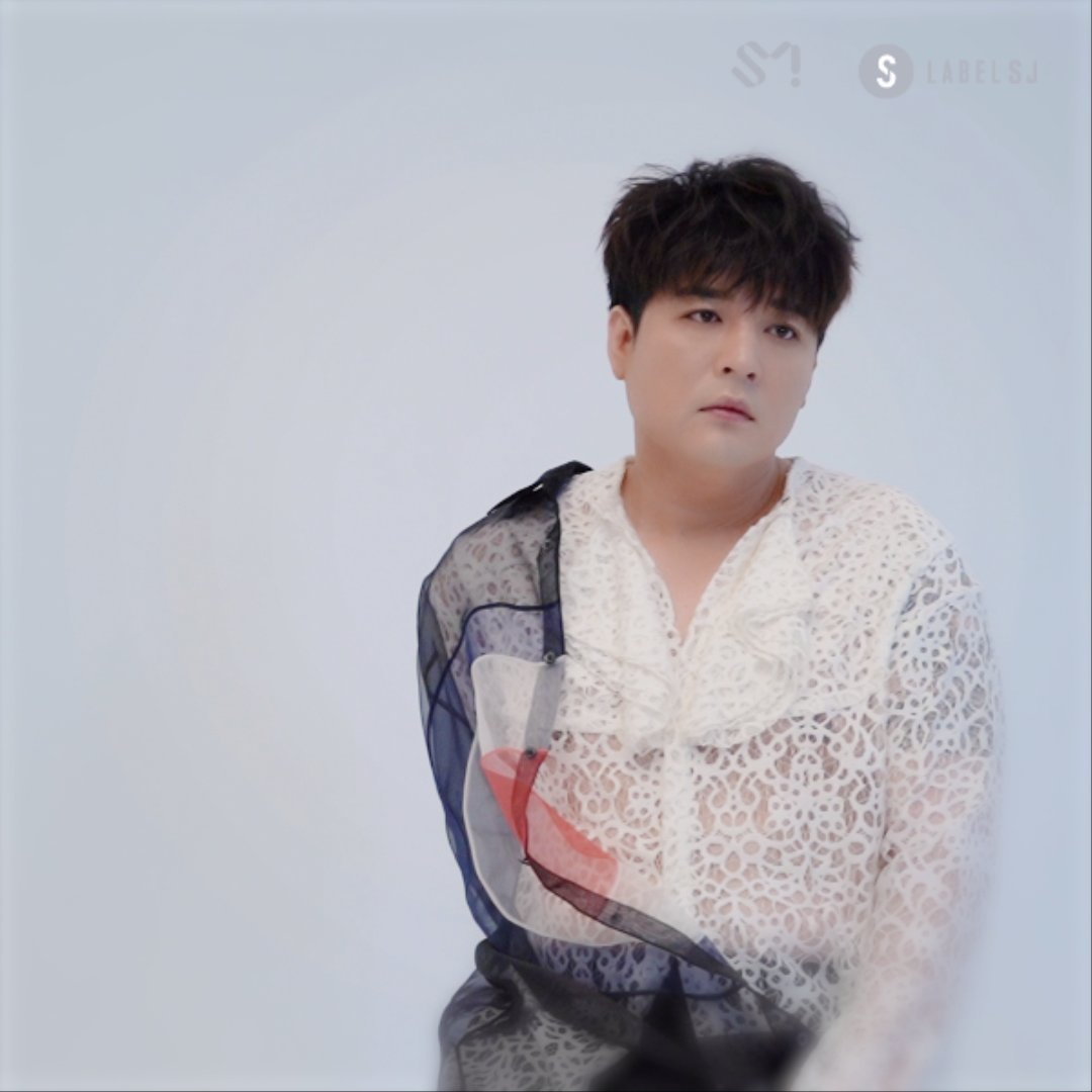 #SUPERJUNIOR [#TIMELESS] JACKET FILM #Bright ver. #SHINDONG  SUPER JUNIOR The 9th Album Repackage [TIMELESS] 🎵Title Track '#2YA2YAO!' 🎧2020.01.28 6PM KST