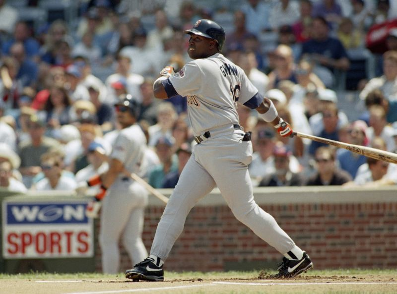 Tony Gwynn's career numbers at Wrigley Field (.335/.392/.433) batting line with an .826 OPS in 85 games. The outfielder only struck out 9 times in 346 at-bats. #Padres https://t.co/7slQ7sMys0