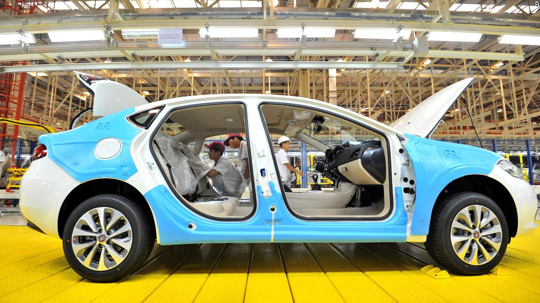 iPhone maker Foxconn wants to work with Fiat Chrysler on electric cars