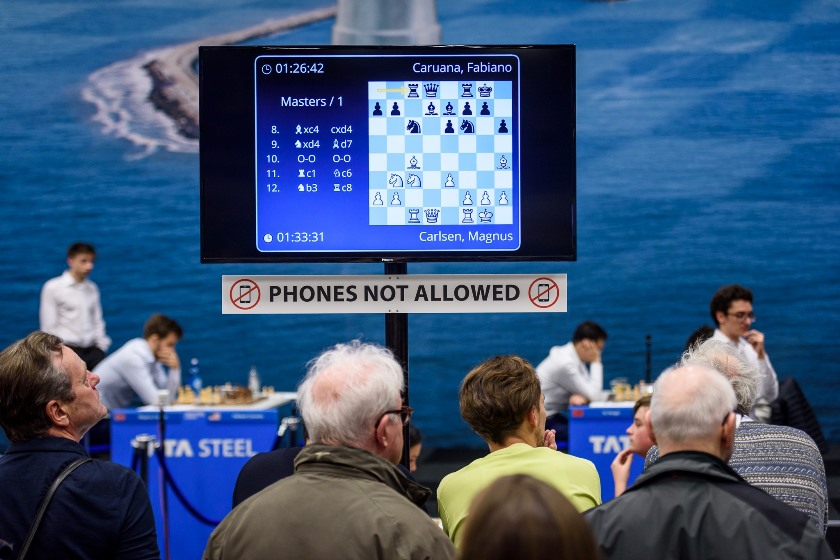 test Twitter Media - Carlsen-Caruana wasn't a classic in Round 6 of the #TataSteelChess Masters, with Giri and Dubov picking up the day's only wins. Meanwhile in the Challengers Lucas van Foreest showed that you can even play 6.Bd2!? against the Najdorf!   https://t.co/KRCHd4YdZV  #c24live https://t.co/lme0ZAbexK