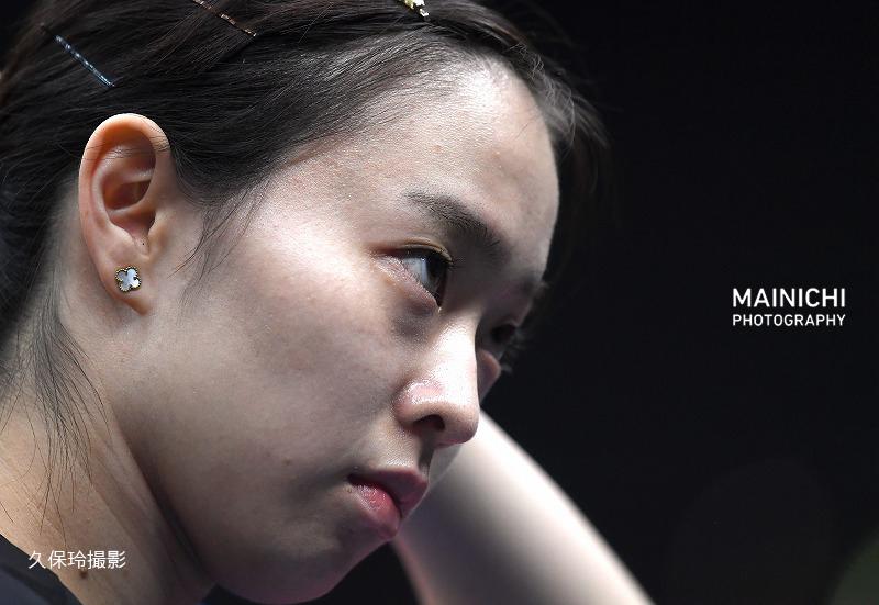 test ツイッターメディア - 卓球の全日本選手権第6日は18日、丸善インテックアリーナ大阪で男女シングルスの準々決勝などが行われました。女子は3連覇を目指す伊藤美誠選手、4年ぶりの優勝を狙う石川佳純選手らが4強入りしました。写真は女子シングルス準々決勝に臨む石川選手です。  写真特集で→ https://t.co/XPUhH7BxZg https://t.co/vnZskpgG65