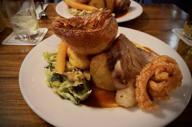 test Twitter Media - It's Sunday & that means it's time for us to cook the Sunday lunch! Available from 12:00 - 15:00 we have beef & pork on the menu with all the trimmings for just £9.95, and you don't have to be a member of the club to use our clubhouse. Call us on 01234 320022 to book! https://t.co/x87Y2gUX6j