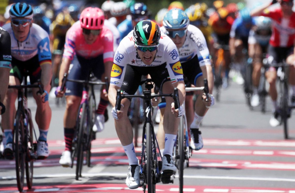 test Twitter Media - 📰 RACE REPORT 📰 In just his second race in the @deceuninck_qst  colours, @Sammmy_Be has claimed the first @SantosLtd Ochre Leader's Jersey of 2020.   READ ➡️ https://t.co/dozCsPKQUR  #tourdownunder #cycling https://t.co/aOLqo09mcW