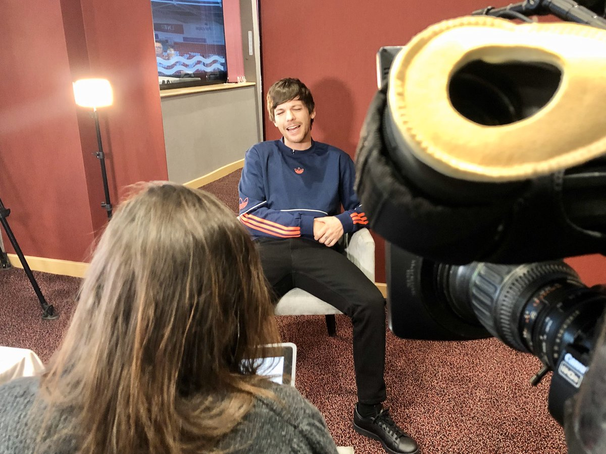 test Twitter Media - We spent the afternoon with @Louis_Tomlinson at @drfc_official today as he's back for another visit at the Keepmoat.   He chatted about his new album #Walls, and his upcoming world tour. https://t.co/WzLgHP5bqN