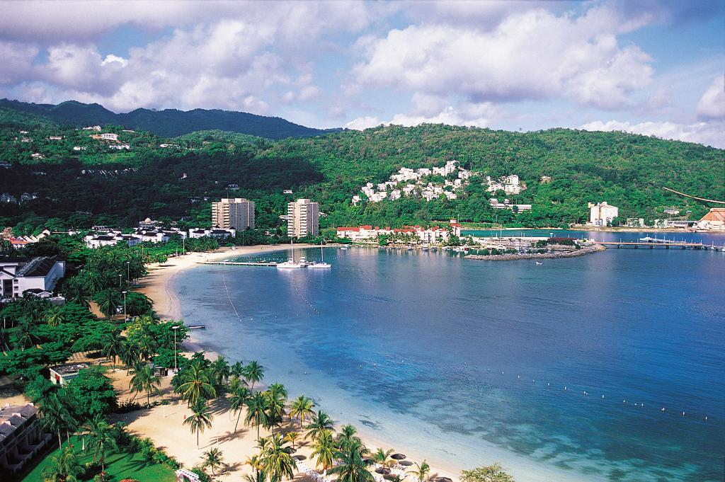 """Have you experienced the torquoise waters of Half Moon Cay, the waterfalls of Ocho Rios or the haute culinary scene of Georgetown, Cayman Islands? If your answer is """"no"""", these are all experiences that can be seen on a 7-day Caribbean #cruise!"""