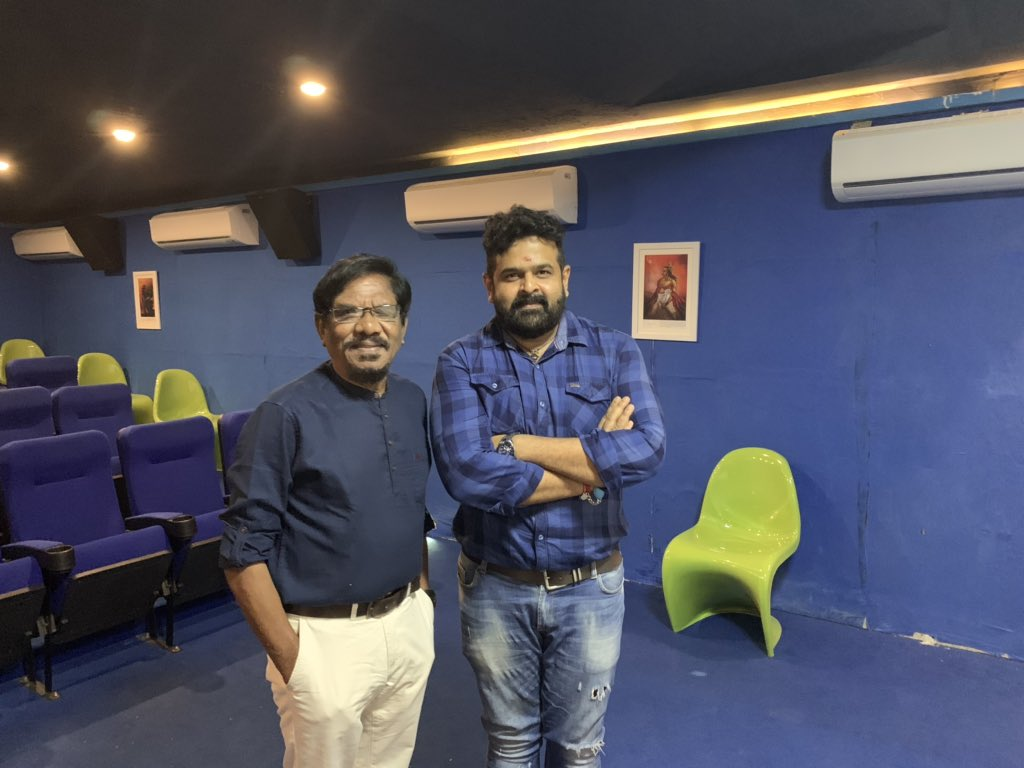 I am blessed to hear it from the இயக்குனர் இமயம் பாரதிராஜா about #serversundaram after he watched the film.. we are releasing his interview by 4 pm ..😀@iamsanthanam @DoneChannel1 @Music_Santhosh @Kenanya_Off @thinkmusicindia #ServerSundaramFromFeb14th