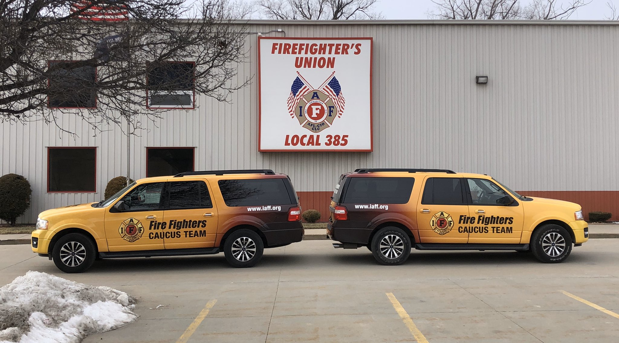 @IPFF2 stopped by @OmahaFire385 local office with #IAFF Caucus Team vehicles.... @tdtowey @DougWStern @IAFFNewsDesk https://t.co/tuwnDXFHEC