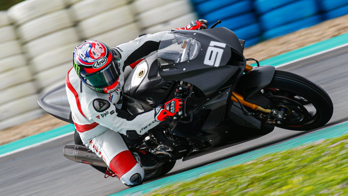 test Twitter Media - 🙌Positives all round for Honda after successful Jerez #WorldSBK test  Under the watchful eyes of key figures, @19Bautista and @realleonhaslam were looking good as they put the new CBR1000RR-R through its paces in a rainy Spain…  📃| #WorldSBK https://t.co/Wl7ehJUgMt https://t.co/OmcVkOBYw2