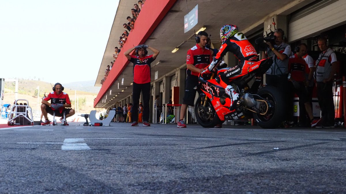 test Twitter Media - 🎢Rollercoaster testing week ends at Portimao for WorldSBK  The start of the season is now on the horizon, although there's plenty of work for the 2020 WorldSBK line-up to be cracking on with in Portugal  📃PREVIEW | #WorldSBK  https://t.co/54npwBTx5K https://t.co/n2u0qfFGHf