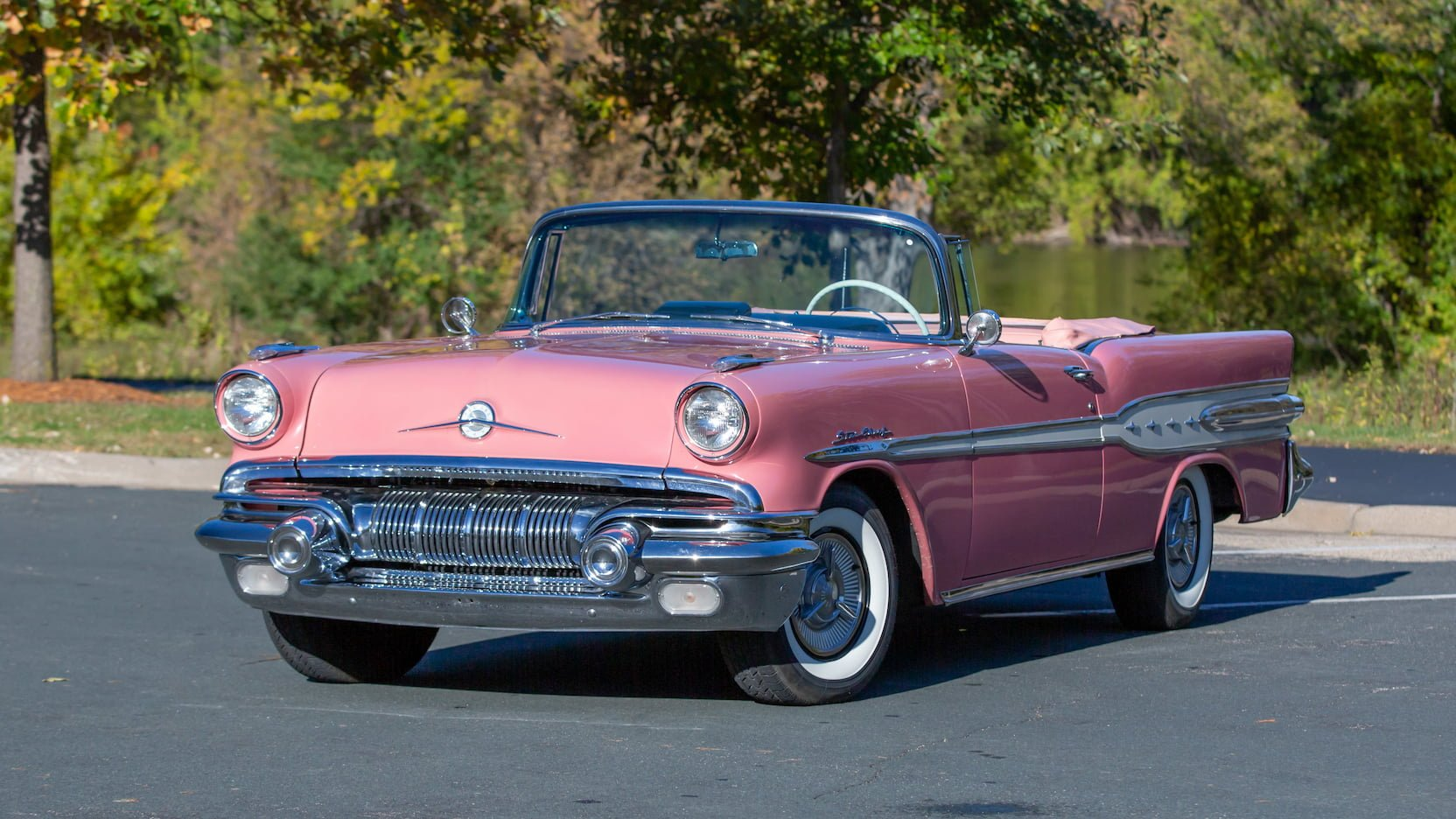 1957 #Pontiac Star Chief Convertible in Carrib Coral https://t.co/z2tZB0aYoX