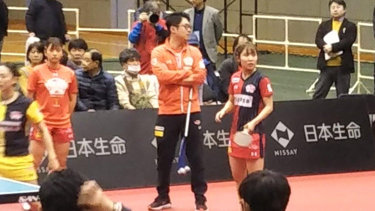 test ツイッターメディア - @baylove0418 右がオリンピックにも出る女子卓球の平野美宇選手 https://t.co/20TL5DIl0a