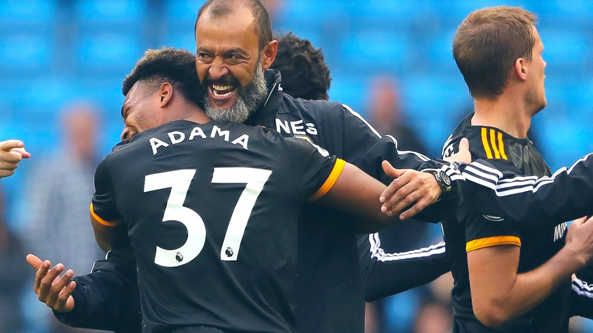 It's a double birthday celebration!   Happy Birthday to Nuno, who turns 46 today! 🎉   & Adama Traore who turns 24 today! 🎈  Have a good one lads!  #WWFC #TalkingWolves https://t.co/GTIkqRGSOS