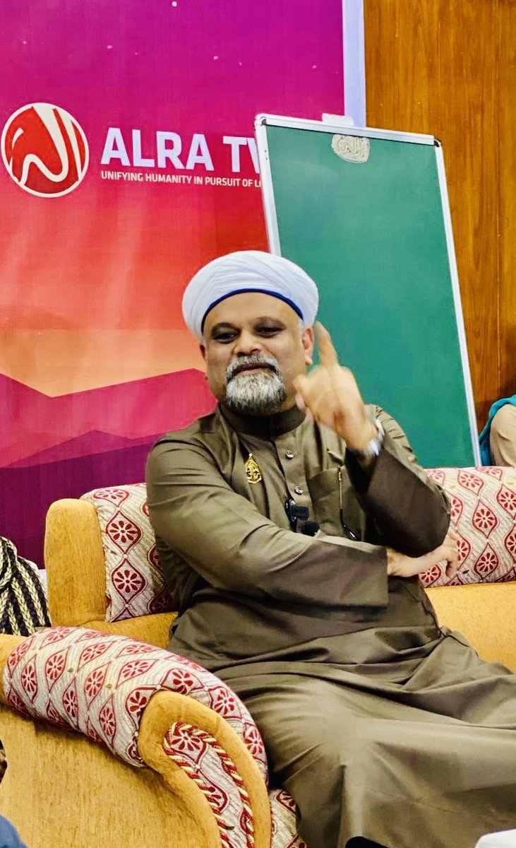 Generally, it is believed that a son or a daughter of a saint is naturally a saint- it is not true!  It is God who decides to bestow His bounty and sainthood upon whomsoever He wishes to. | Sufi Master Younus AlGohar #SaturdayMotivation #SaturdayThoughts