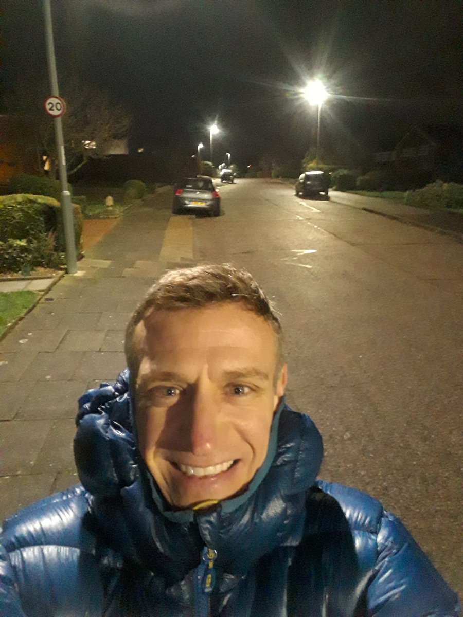 Late night stroll as my wife had been out. Fresh and calm tonight but still managing  to get outdoors everyday in 2020 still #GetOutside #Lutonoutdoors #366outdoorchallenge #activebedfordshire @ActiveLuton @OSleisure @teamBEDS