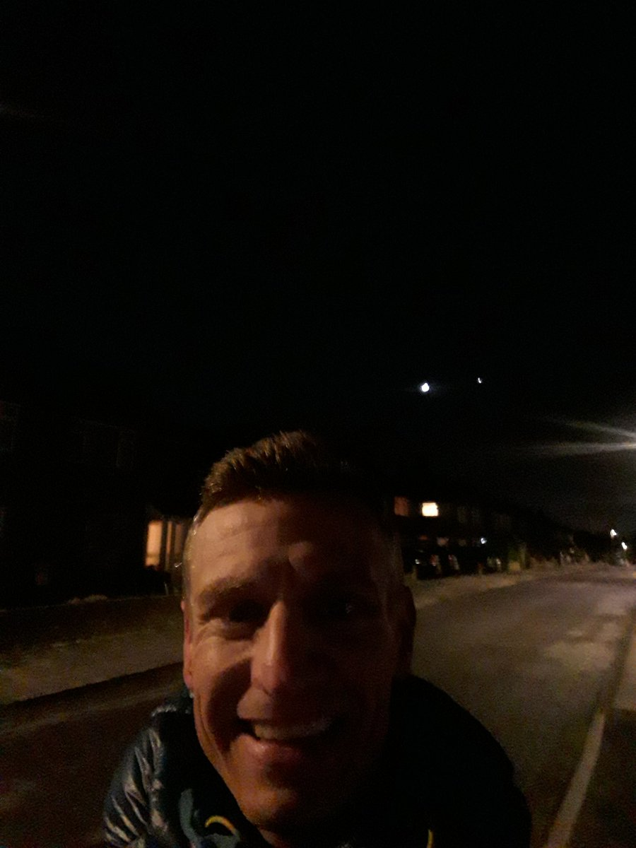A very nice walk to take my eldest to her first netball session tonight. Nice moon out there (although the photo doesn't show it) #GetOutside #Lutonoutdoors #366outdoorchallenge #activebedfordshire @ActiveLuton @OSleisure @teamBEDS