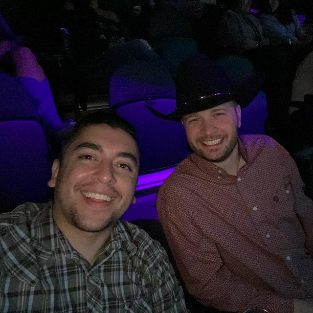 """My """"date"""" for George Strait 😂"""