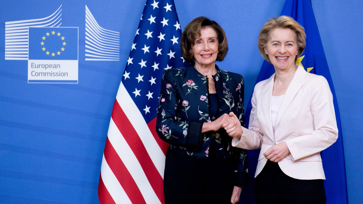 Delighted to have met @SpeakerPelosi and a Congress delegation in Brussels. We discussed about global issues, #foreignpolicy developments & bilateral agenda. We underlined the importance of Transatlantic relations, our strong partnership and friendship. 🇪🇺🇺🇸