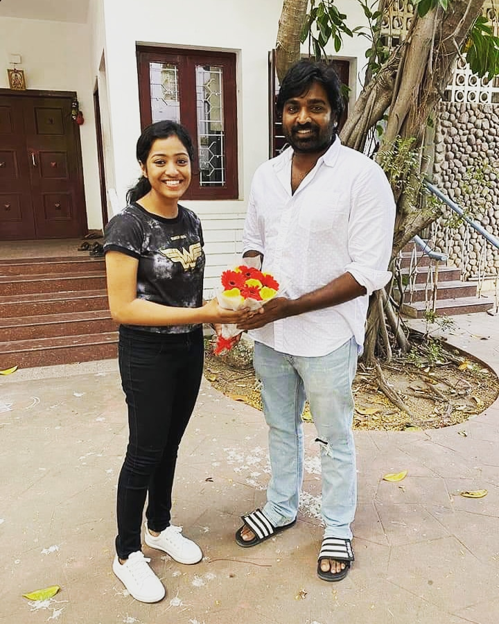 Thanks to #VijaySethupathi #Santhoshnarayanan and #justin for launching South India's Youngest Independent Musician #kirthana 's music video #KadhalSollumNeram.  @Riyaz_Ctc #CtcMediaboy