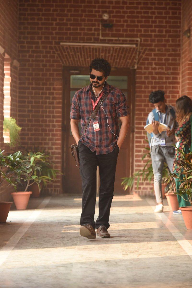 @Dhananjayang @actorvijay #Thalapathyswag😍
