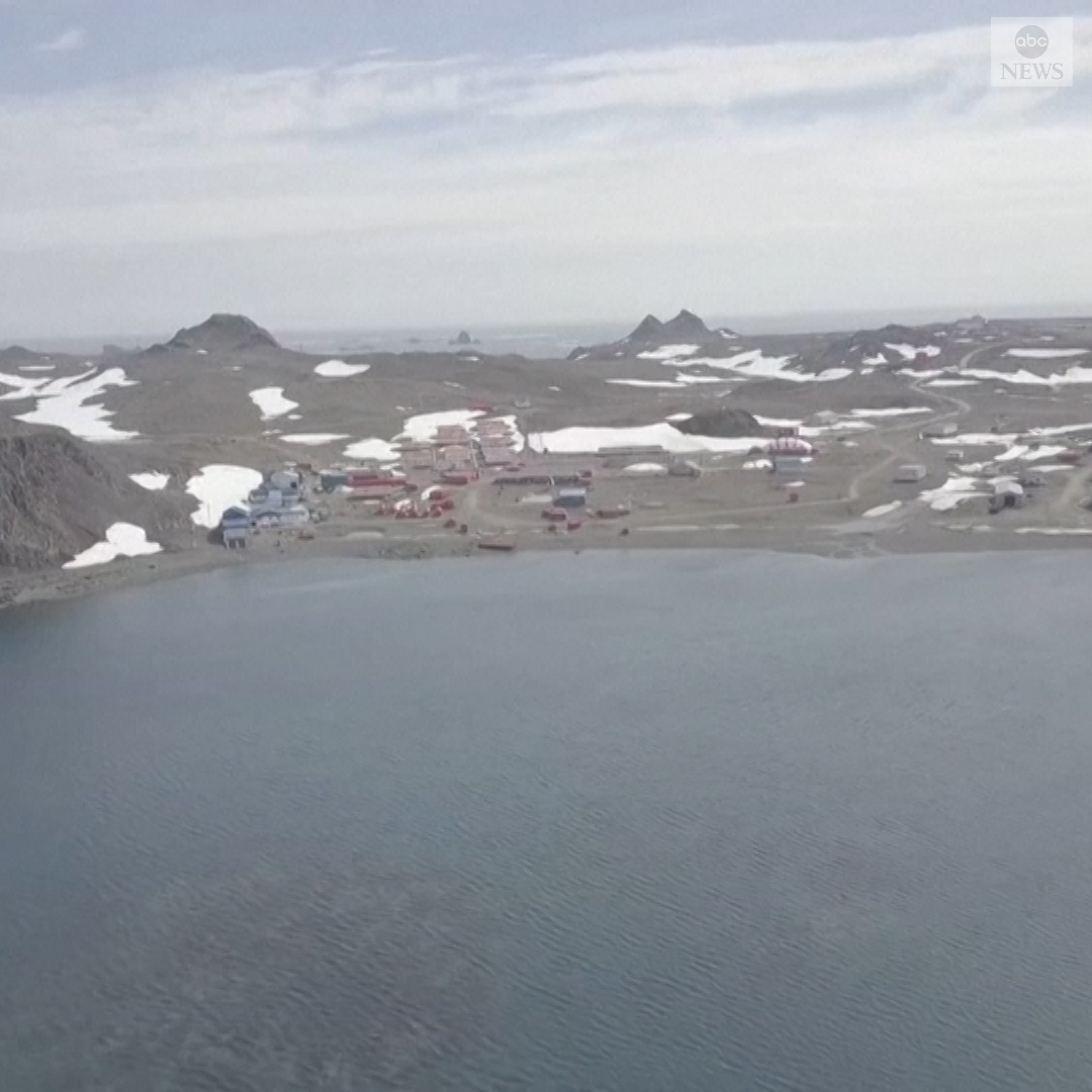 Stark images out of the northern region of Antarctica reveal a barren landscape nearly devoid of snow and ice following record-setting temperatures last week.