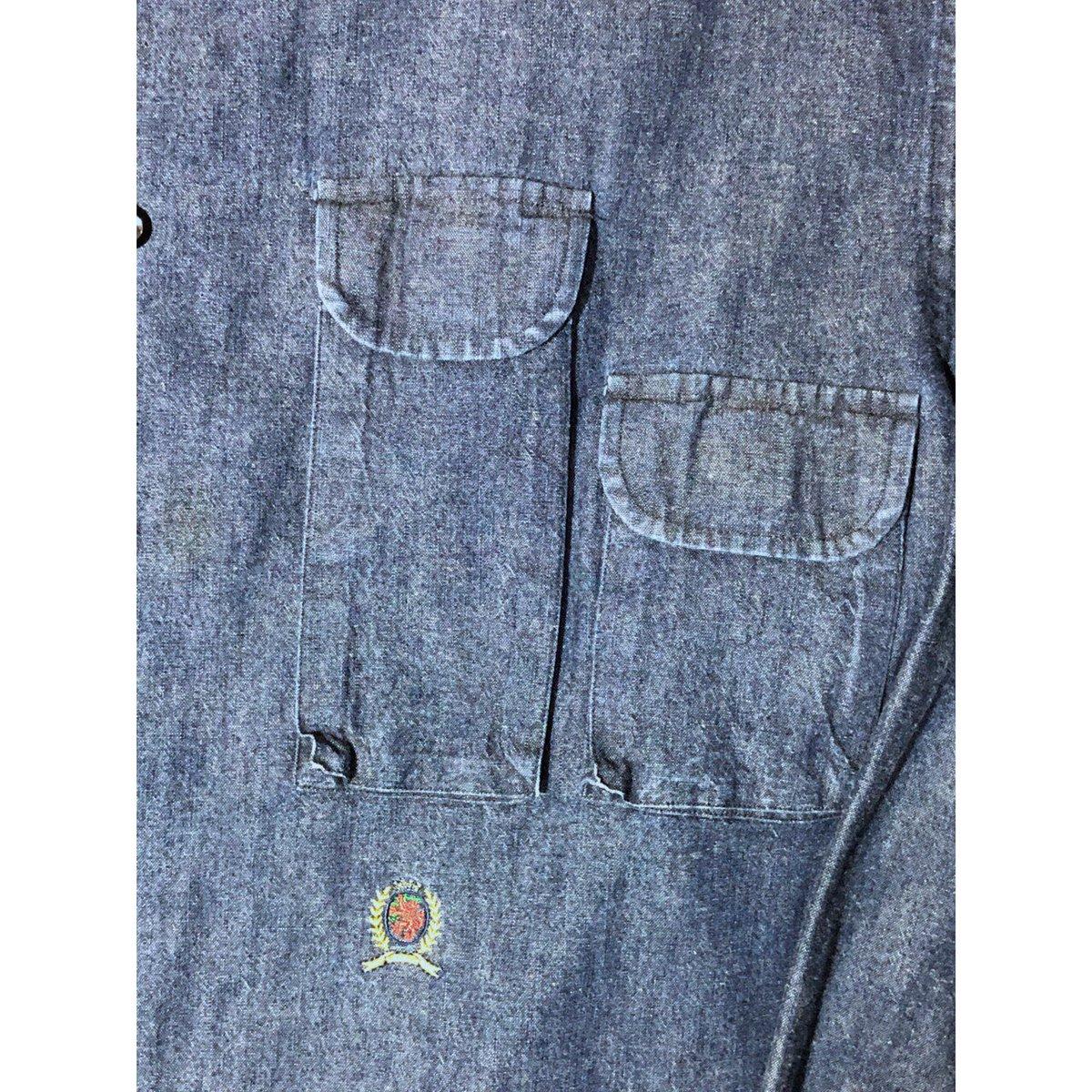 test ツイッターメディア - ≪TOMMY HILFIGER≫ chambray shirt 一見フラットなルックスに、アンナチュラルなポケット。  1枚の服の中に、ギャップを感じられる一着。  https://t.co/kMLzEpvq9Q https://t.co/cGQdv5dzNK