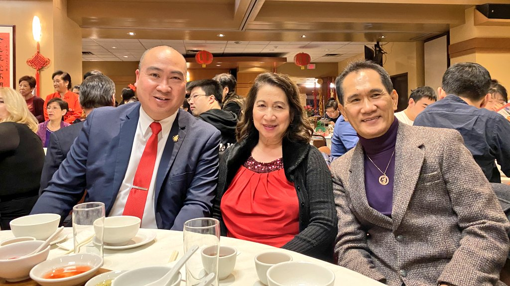 test Twitter Media - A wonderful evening with my parents at tonight's Manitoba Academic of Chinese Studies (MACS) 46th Anniversary & New Year Banquet. Thank you again to MACS President Dr. Yueshu Li for the invitation year after year. Always happy to support the Academy. https://t.co/ffRgVPbork