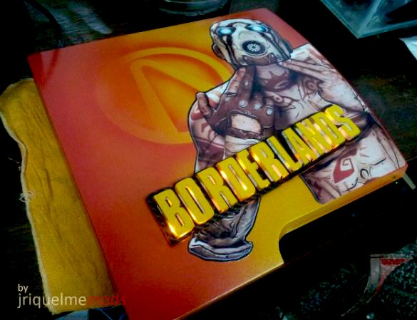 🅲🆄🆂🆃🅾🅼 🆂🆈🆂🆃🅴🅼 🅾🅵 🆃🅷🅴 🅳🅰🆈   Let's start this day with a #custom #PS3 by the very talented JRiquelmemods. #Borderlands for the win! Check out the lighting! #gaming #gamersunite