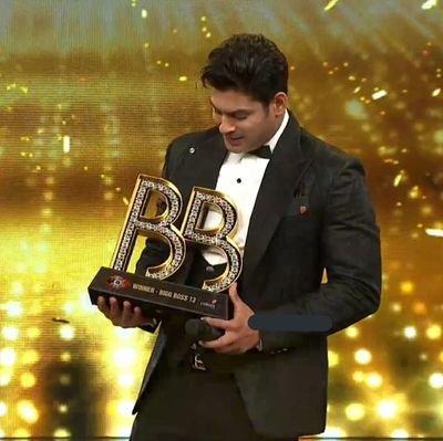 #BiggBossFinale @sidharth_shukla  Sidharth Shukla Is Only Contestant Who Won Bigg Boss & Khatron Ke Khiladi Both !!  Which Trophy Is Best ?? 😉