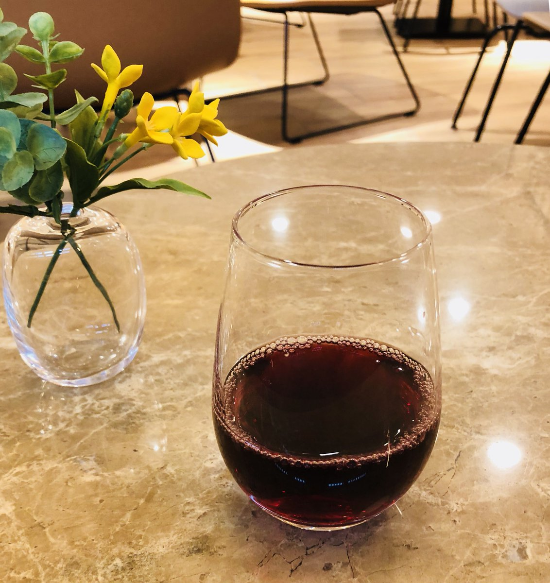 test ツイッターメディア - 泊まったホテル、宿泊サービスで佐々木酒造か丹波ワインを一杯いただけて素敵だった。朝食も客室も良くてお手頃価格だしまた泊まりたい。 https://t.co/IE6ZRRHFty