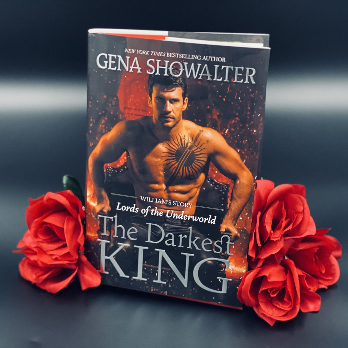 What are you most looking forward to discover in The Darkest King? William's relationship with Axel? William's origins? His curse? Sunny? #9days   Kindle:  iBooks:  Nook:  Kobo: