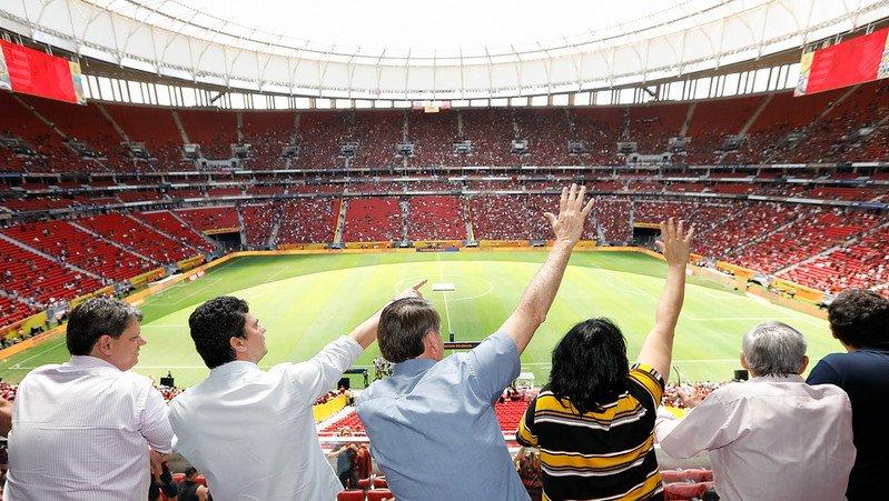 Mais um título do meu Mengão! 🔴⚫  Equipe pé quente acompanhando presidente @JairBolsonaro no Mané Garrincha