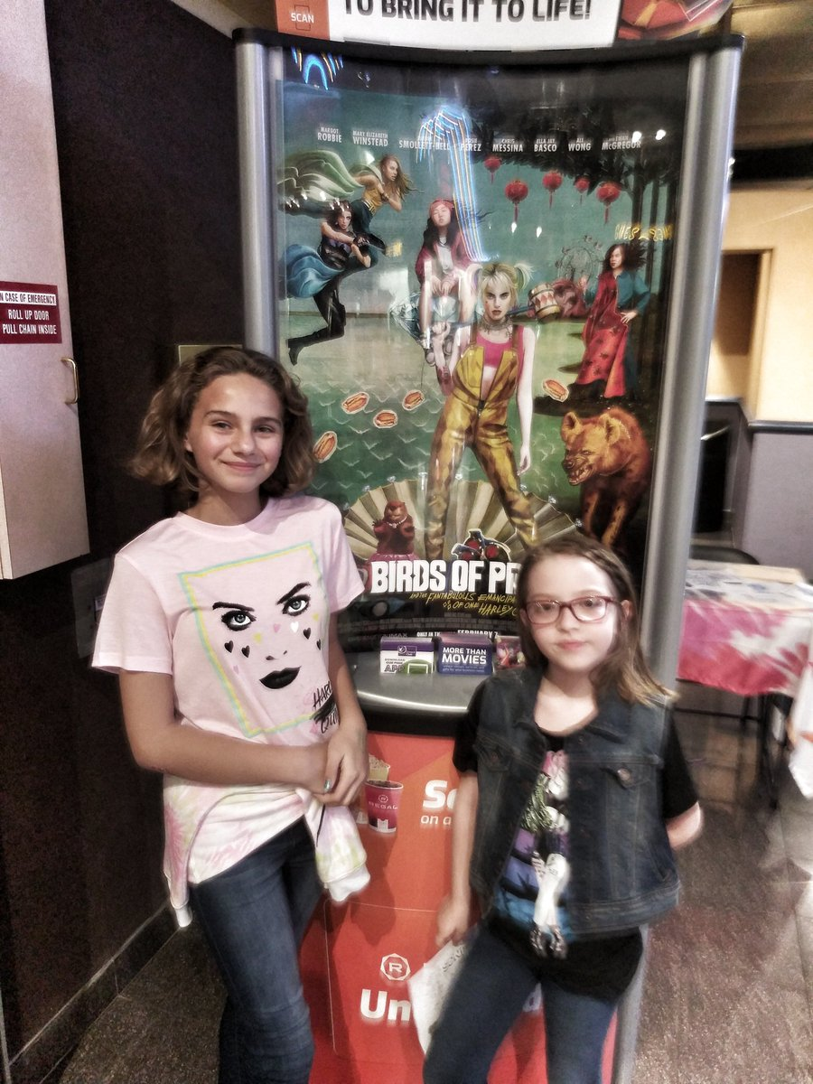 . @lexansmith and I took our rugrats to see @birdsofpreywb (their first, our second viewing) and they LOVED it. It was so much fun to see our little ladies have stars in their eyes. So thankful for this movie existing.