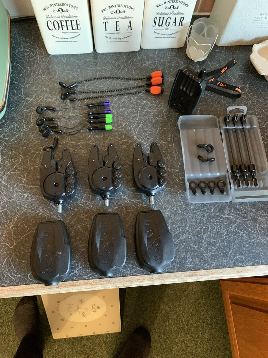 Ad - Fox RX Bite Alarms On eBay here -->> https://t.co/JLoYNECSMH  #carpfishing https://t.co/u