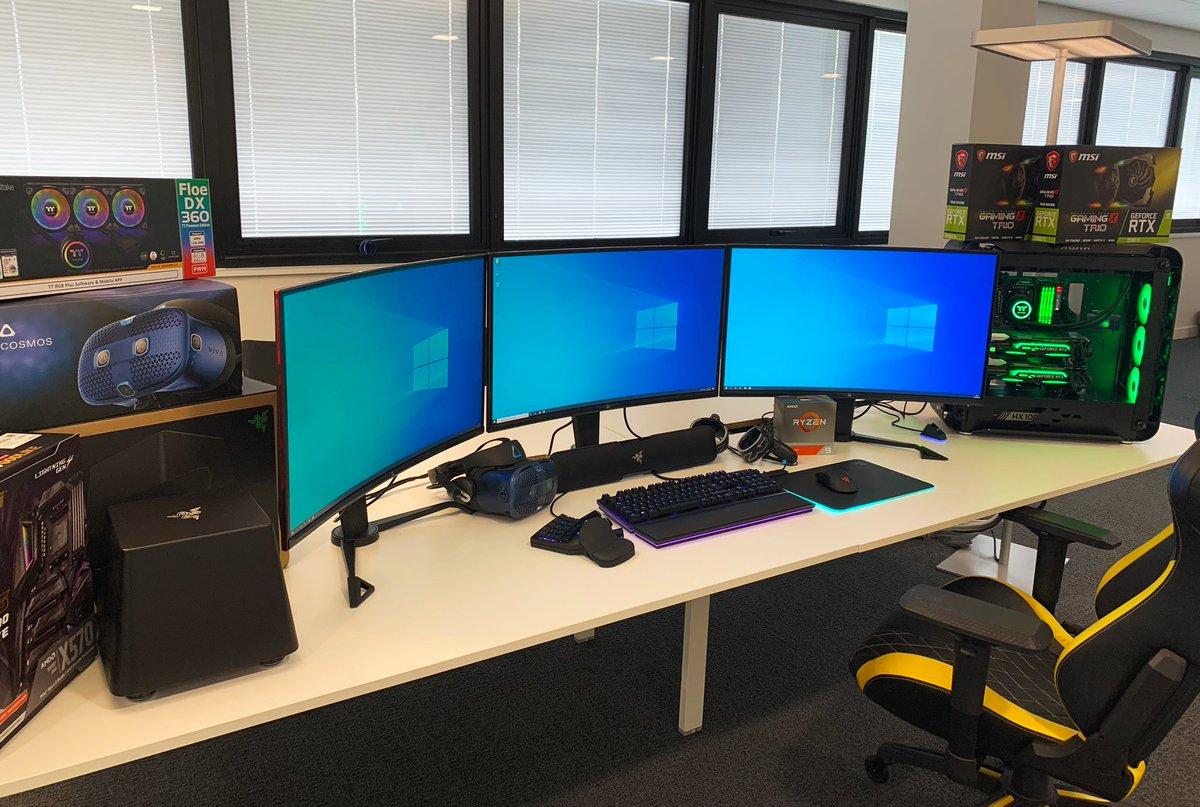 🎂 #PC24ansLDLC 🎉 Ça y est, notre setup à 10000€ est prêt 🤩 Qui le veut ? 🤔 On est sérieux, ça prend trop de place dans nos bureaux 😅 🔎