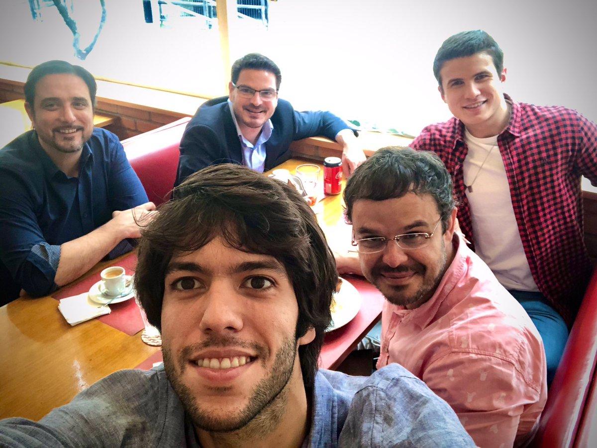 Reunião do Foro de SP. Detalhe: no América (great again)