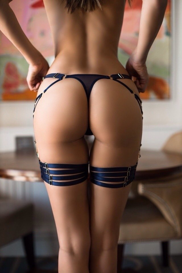 ➰Derrière➰ https://t.co/DyiFsk5zZv