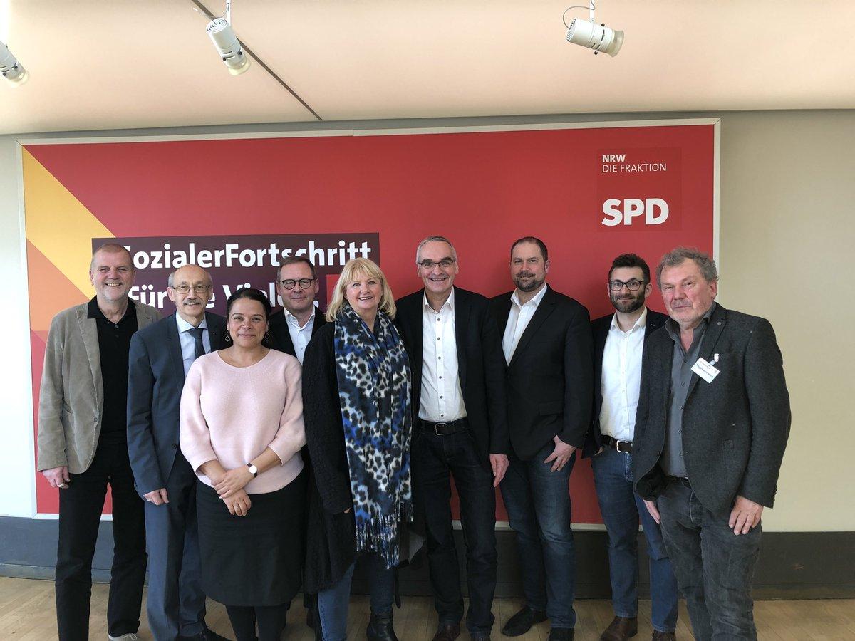 test Twitter Media - Spannender Gedankenaustausch mit Kolleginnen und Kollegen aus dem Landtag in Rheinland-Pfalz heute in Düsseldorf. Thema war Hochschul- und Wissenschaftspolitik. Das hat Spaß gemacht und wird fortgesetzt! https://t.co/lPEfxulJF7